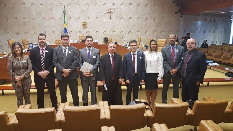 STF suspende julgamento da ação que pode reduzir salário de trabalhadores do funcionalismo